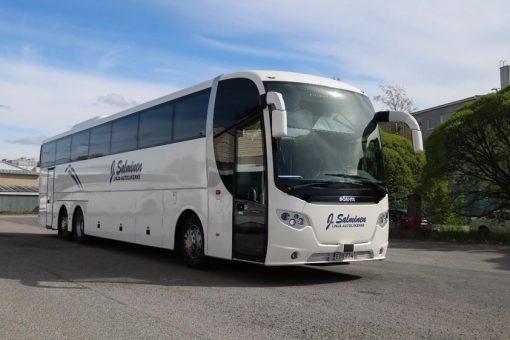 Iso bussi, vm. 2015, 57 + 1 paikkaa